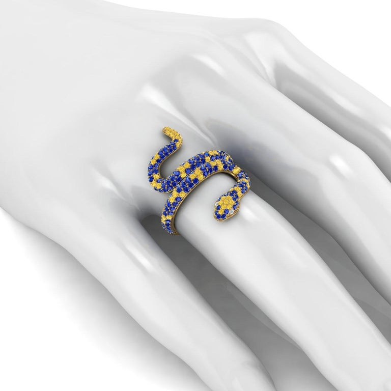1.35ct Blue and Yellow Sapphires Pave' Snake Diamonds 14k Yellow Gold Ring In New Condition For Sale In Lake Peekskill, NY