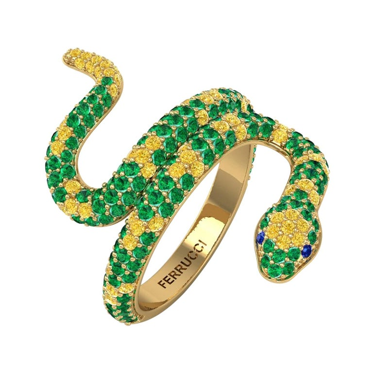 1.35ct Green Emeralds Yellow and Blue Sapphires Pave' Snake 14k Yellow Gold Ring For Sale