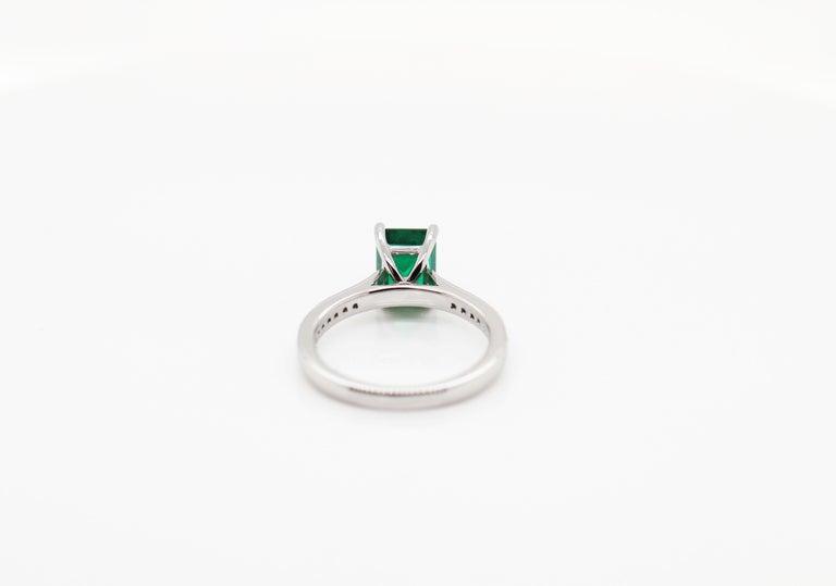 1.36 Carat Emerald Cut Emerald and Diamond Platinum Engagement Ring For Sale 1