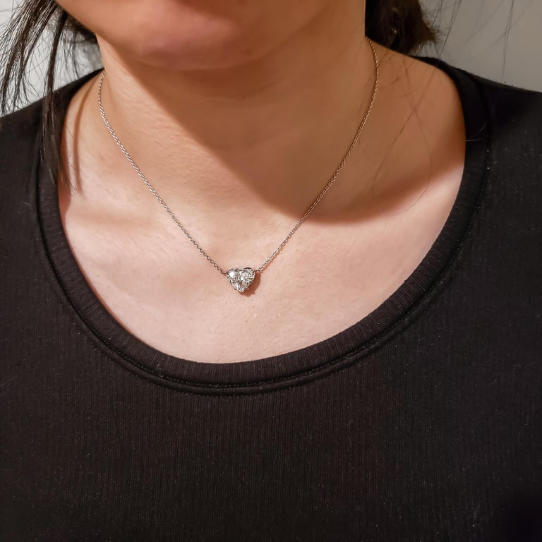 1.36 Carat Heart Shape Diamond Solitaire Pendant Necklace In New Condition For Sale In New York, NY