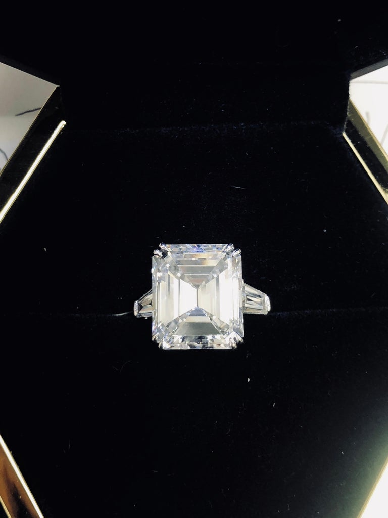 Emerald Cut 13.61 Carat GIA Certified Diamond Ring For Sale