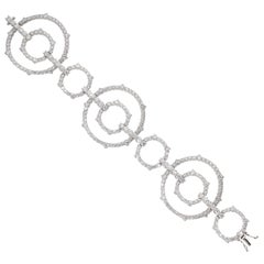 13.67 Carat White GVS Diamonds 18 Karat White Gold Modern Link Bracelet