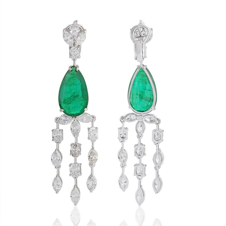 Mixed Cut 13.70 Carat Emerald Diamond 18 Karat White Gold Chandelier Earrings For Sale