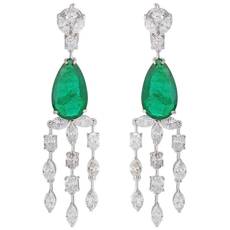 13.70 Carat Emerald Diamond 18 Karat White Gold Chandelier Earrings For Sale
