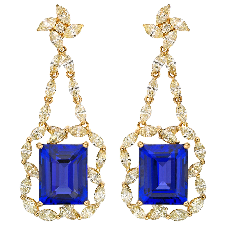 13.8 Carat Tanzanite and Yellow Diamond Earring in 18 Karat Yellow Gold