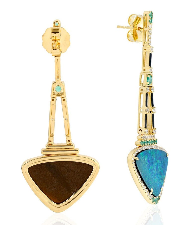 Contemporary 13.95 Carat Opal Emerald Diamond 18 Karat Gold Earrings For Sale
