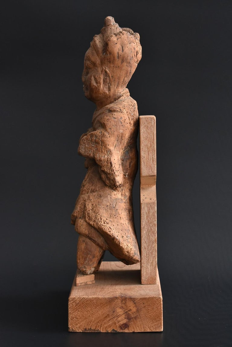 Hand-Carved 13th-16th Century Japanese Old Wood Carving Armed God / Buddha Statue For Sale