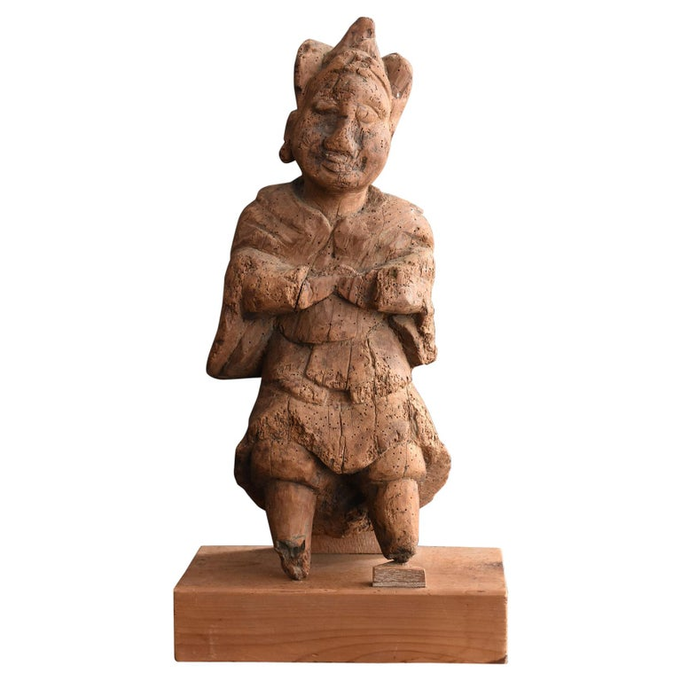 13th-16th Century Japanese Old Wood Carving Armed God / Buddha Statue For Sale