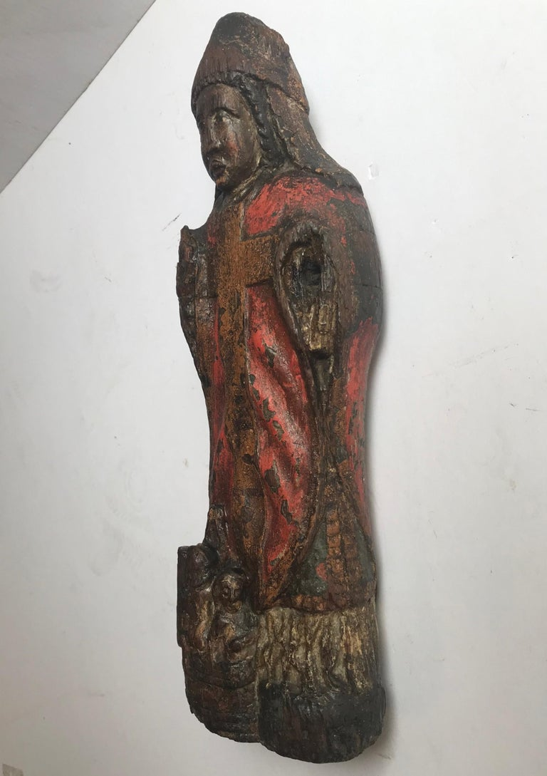 13th Century Romanesque Wood Carved Sculpture Group of a Bishop Saint with Child For Sale 8