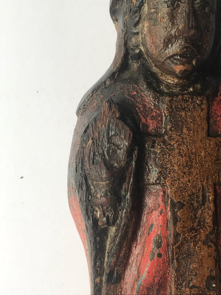 13th Century Romanesque Wood Carved Sculpture Group of a Bishop Saint with Child For Sale 1