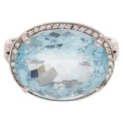 14 Carat Aquamarine Diamonds 18 Karat White Gold Ring