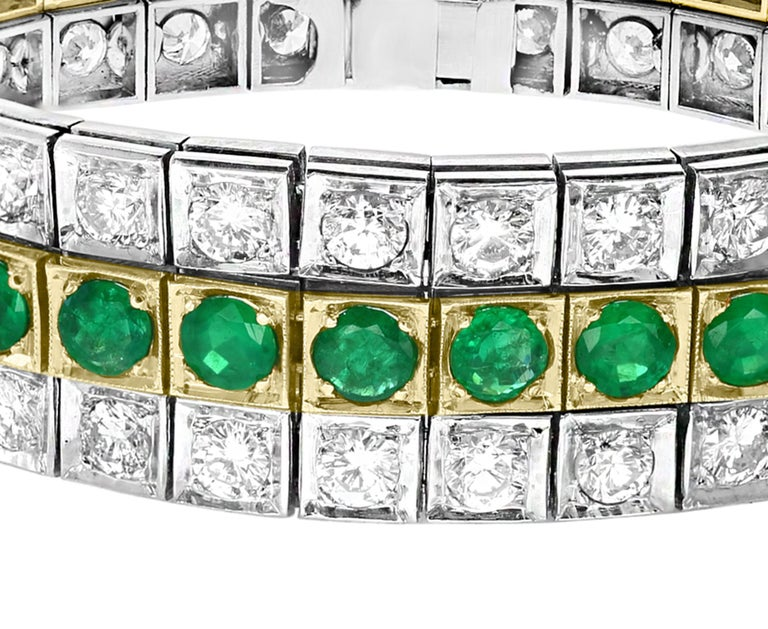 14 Carat Diamonds and 8 Carat Colombian Emerald Platinum Tennis Bracelet Estate In Excellent Condition For Sale In New York, NY