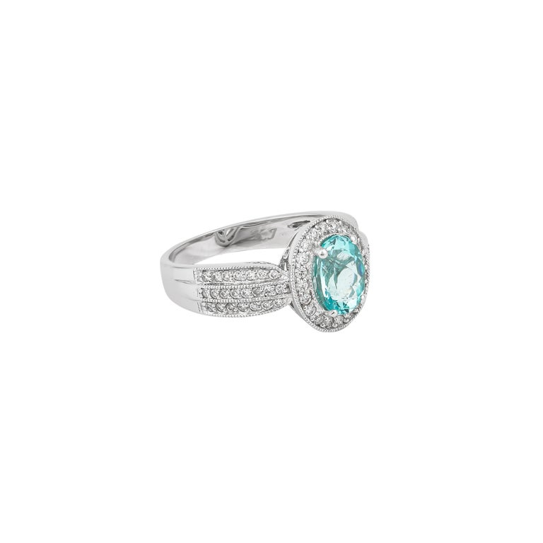 Contemporary 1.4 Carat Paraiba and White Diamond Ring in 18 Karat White Gold For Sale