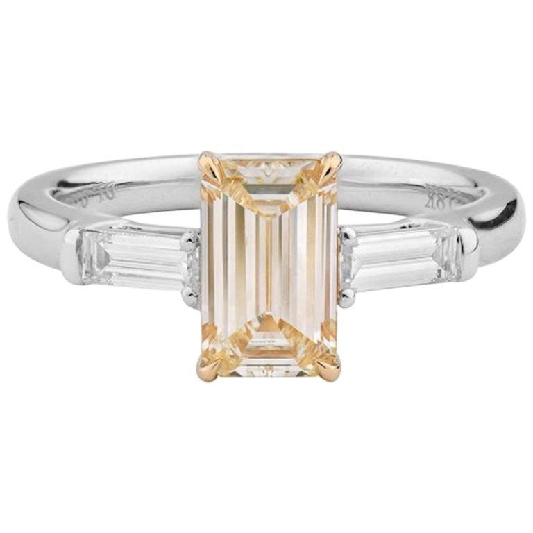 1.4 Carat Yellow Diamond Ring For Sale