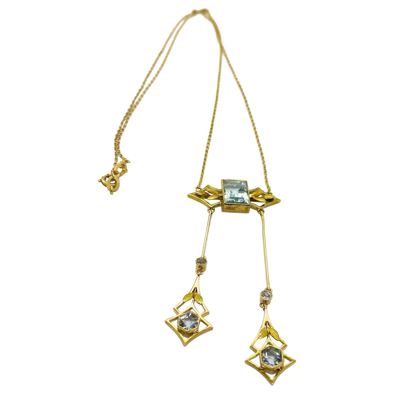 14 Carat Yellow Gold Russia Art Deco Aquamarine Pendant Necklace
