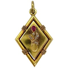 14 Carat Yellow Gold Russia Rose Cut Diamonds Red Stone Rhombus Locket