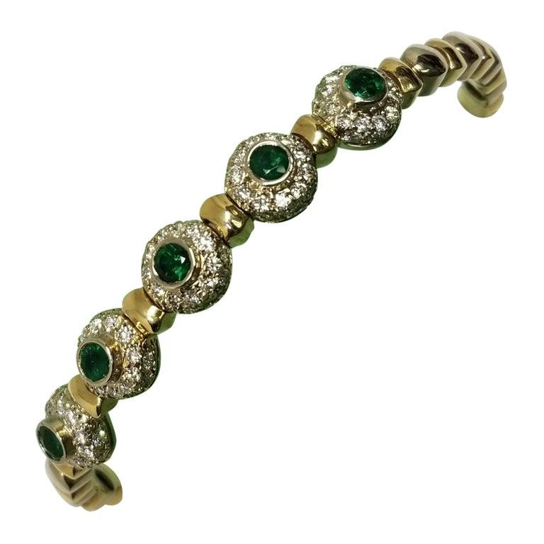 14 Karat 2-Tone Gold Diamond and Emerald Flexible Bracelet For Sale