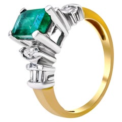 14 Karat Diamond and Colombian Emerald Ladies Ring