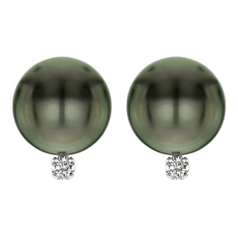 14 Karat Gold AAA Tahitian Cultured Pearls with 1/10 Carat Diamond Earrings For Sale