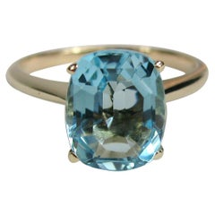 14 Karat Gold Blue Topaz Ring Solitaire Stone, 1940s