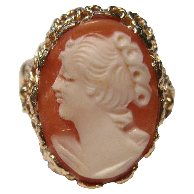 14 Karat Gold Cameo Ring For Sale