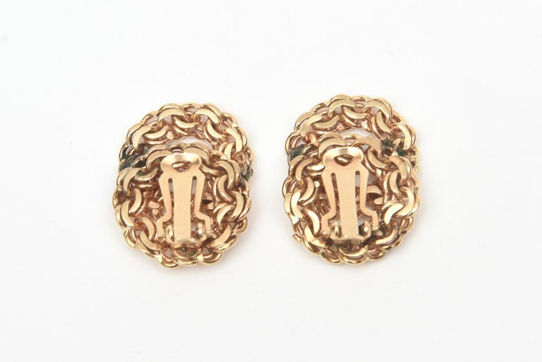 Women's 14 Karat Gold Clip-On Earrings Vintage For Sale