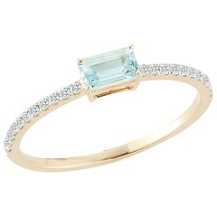 14 Karat Gold Emerald Cut Aquamarine Ring