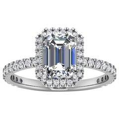 14 Karat Gold Emerald Diamond Halo Pavé 2 Carat Center '2.4 Carat' I VS1 GIA