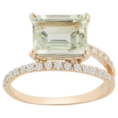 14 Karat Gold Green Amethyst Point of Focus Ring
