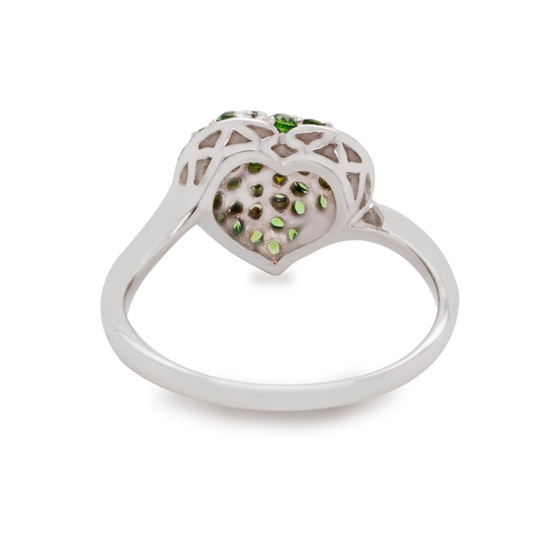 Round Cut 14 Karat Gold Heart Ring with Russian Demantoid For Sale
