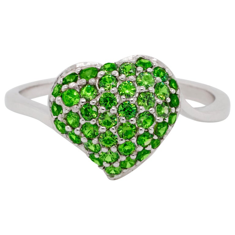 14 Karat Gold Heart Ring with Russian Demantoid For Sale