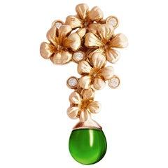 14 Karat Gold Modern Transformer Blossom Pendant Necklace 0.15 Carat Diamonds