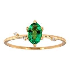 14 Karat Gold Oval Green Emerald Organic Vintage Fashion Ring Center-1/2 Carat