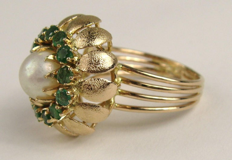 14 Karat Gold Pearl Emerald Cocktail Ring, 1960s For Sale 2