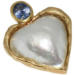 14 Karat Gold Pendant, Enhancer, as Heart, with Mabé Pearl and Sapphire