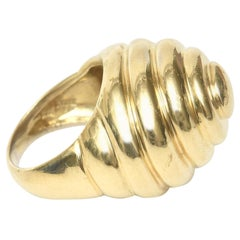 14 Karat Gold Spiral Dome Ring Vintage