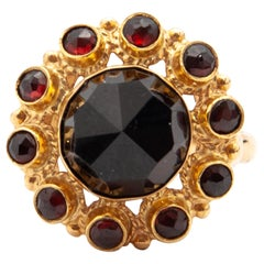 14 Karat Yellow Gold Garnet Cluster Ring