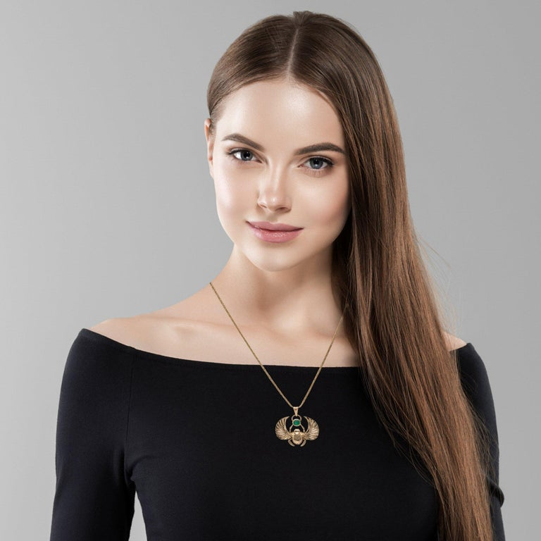 14 Karat Gold Winged Scarab Beetle Pendant Necklace Natural Certified Emerald For Sale 5