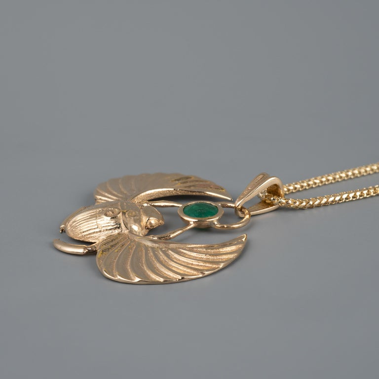 Women's or Men's 14 Karat Gold Winged Scarab Beetle Pendant Necklace Natural Certified Emerald For Sale