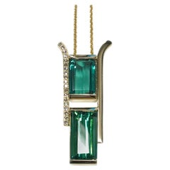 14 Karat Green Tourmaline Diamond Pendant Necklace