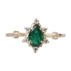 7x5MM Pear Emerald Diamond Yellow Gold Ring