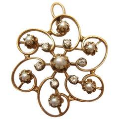 14 Karat Pendant Brooch Diamond and Pearl