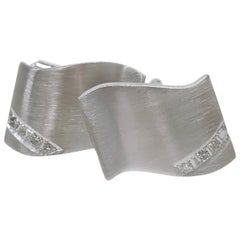 14 Karat Rectangular Wave Diamond Cufflinks