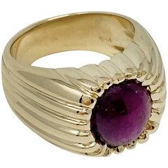 14 Karat Yellow Gold Ruby Ring