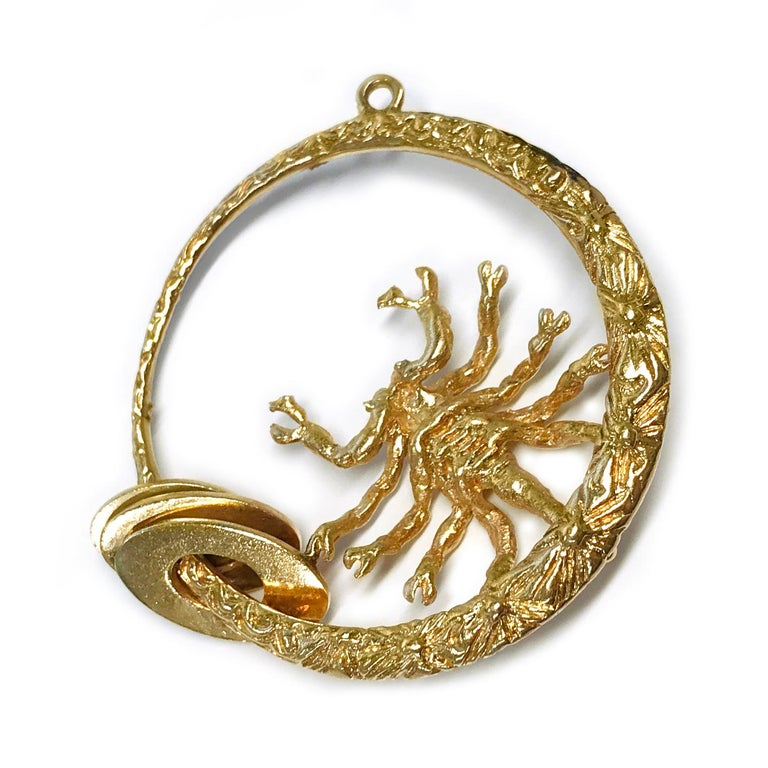 14 Karat Scorpion Pendant In Good Condition For Sale In Palm Desert, CA
