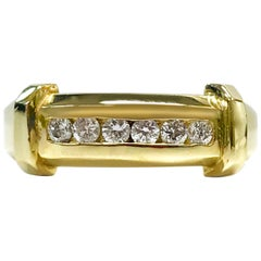14 Karat Six Diamond Ring