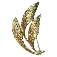 14 Karat Three Leaf Brooch/Pin