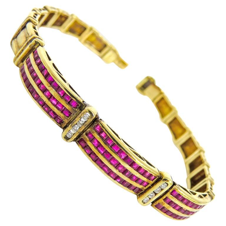 14 Karat Vintage Diamond and Ruby Ladies Bracelet For Sale
