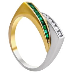 14 Karat White and Yellow Gold Ladies Whit Emerald and Diamond Ring