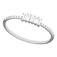 14 Karat White Gold 0.145 Carat Round and Baguette Diamond Band Ring